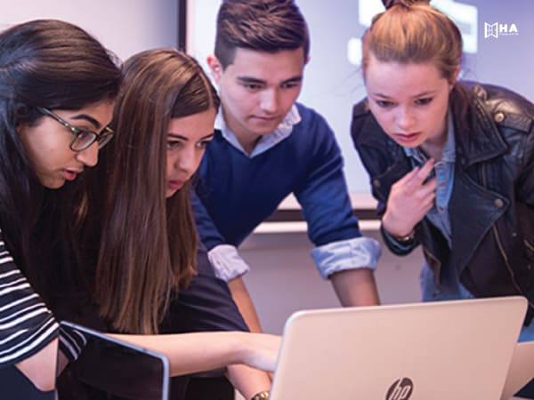 Eiffel học bổng du học cho sinh viên