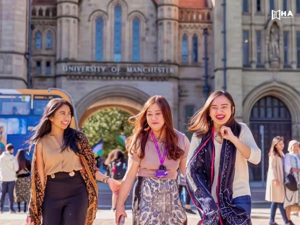 Học bổng đại học Manchester và quỹ hỗ trợ
