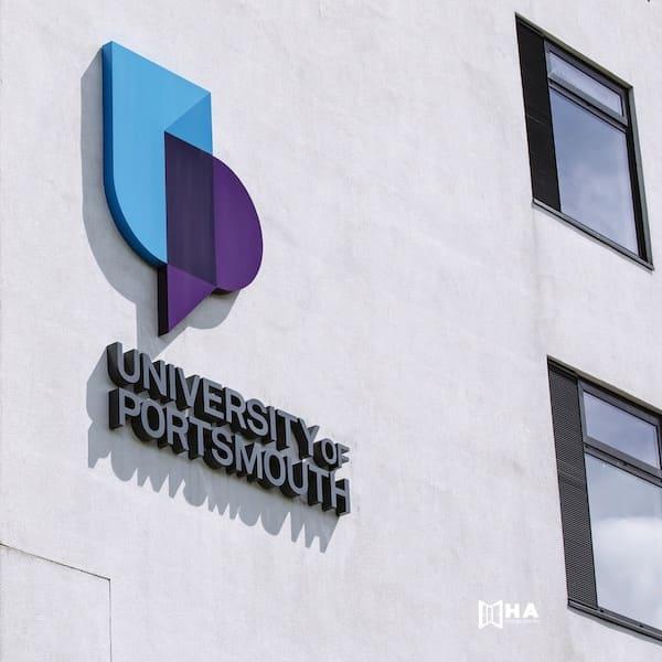 Giới thiệu về trường University of Portsmouth