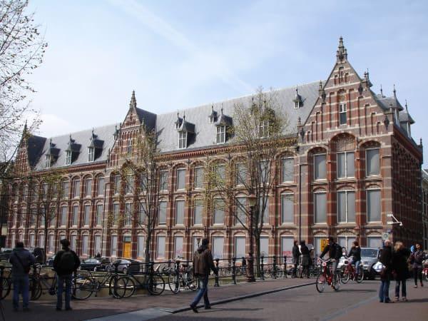 du học châu âu ngành kinh tế Amsterdam