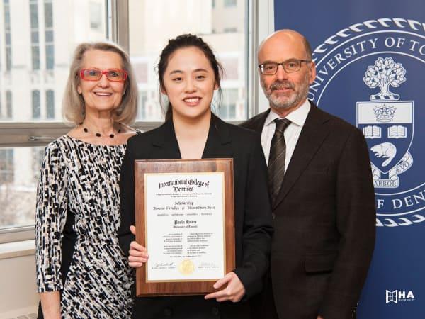 Học bổng University of Calgary Graduate Awards