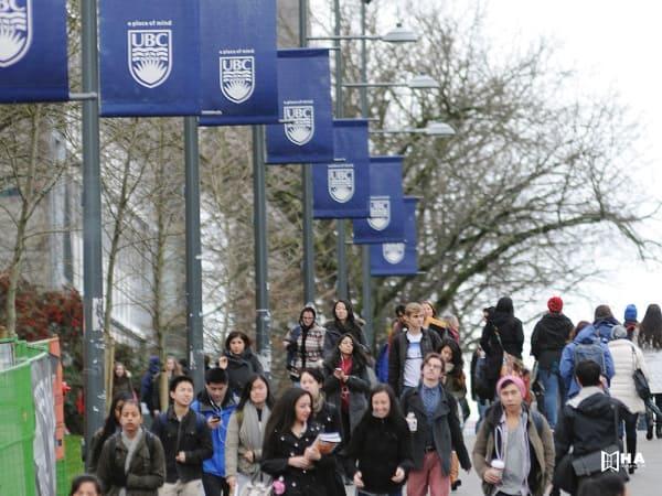 Học bổng Donald A. Wehrung International Student Award