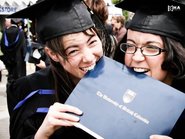 Học bổng Đại học British Columbia