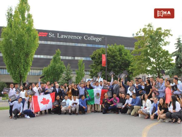 Chương trình đào tạo tại Trường Cao đẳng St Lawrence