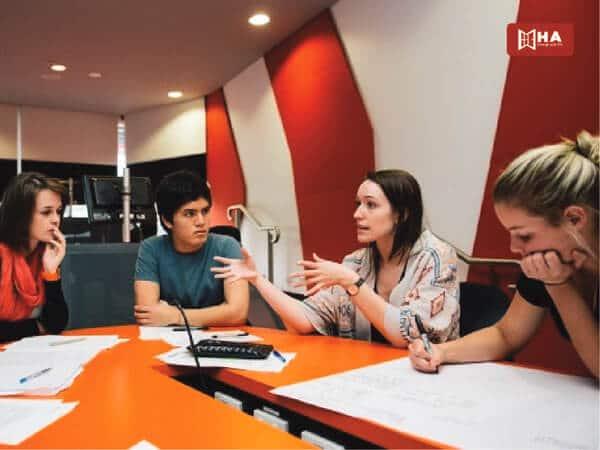 Chương trình đào tạo đại học quốc gia Australia