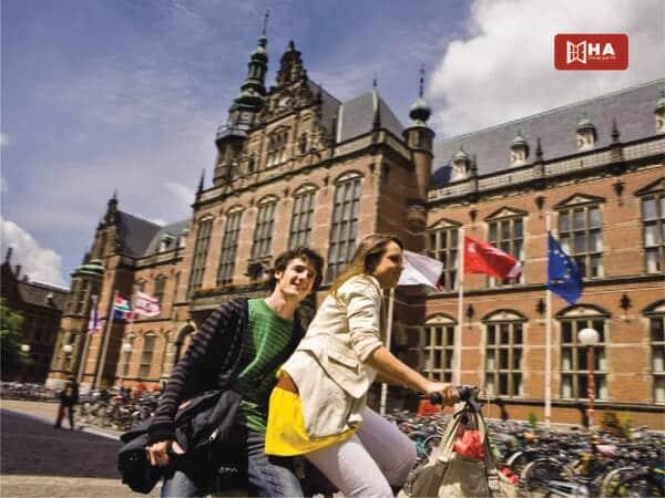 Dễ dàng kết bạn và làm quen môi trường trước khi học Đại học ở Hà Lan