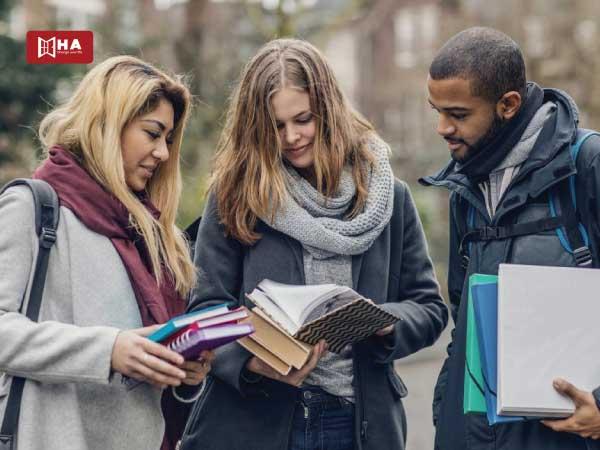 Lập kế hoạch nhận hỗ trợ tài chính và học bổng