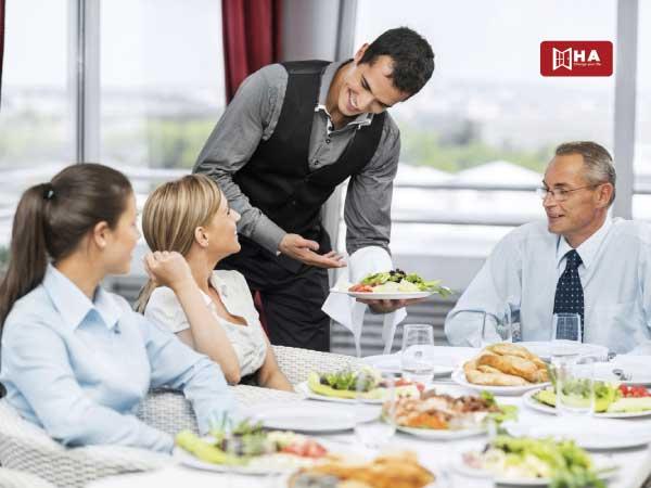 Phục vụ bàn hoặc Nhân viên pha chế đồ uống công việc làm thêm ở canada