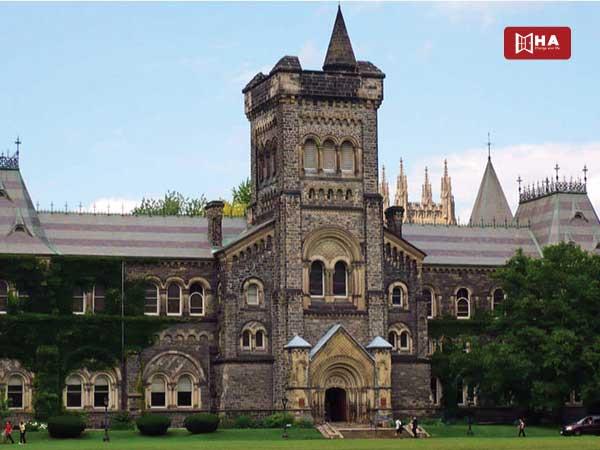 Du học Canada ngành dược Đại học Toronto