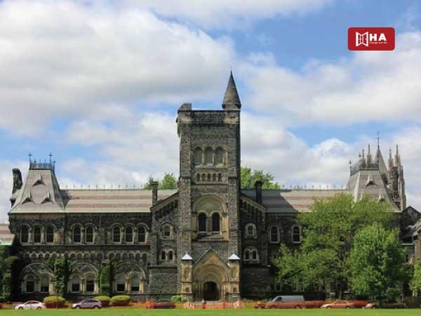 Du học ngành luật ở Canada Đại học Toronto