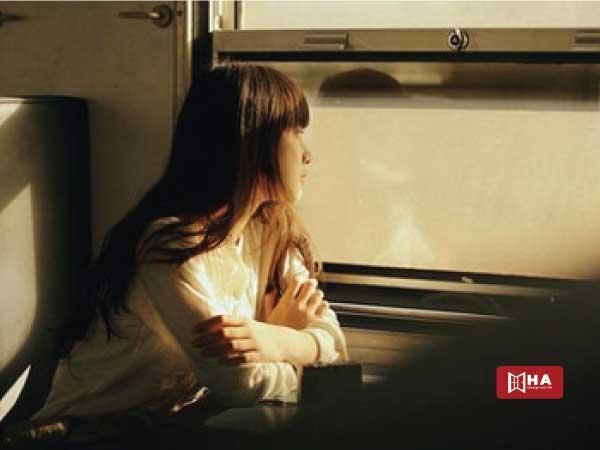 Sống xa nhà, đối mặt với sự cô đơn