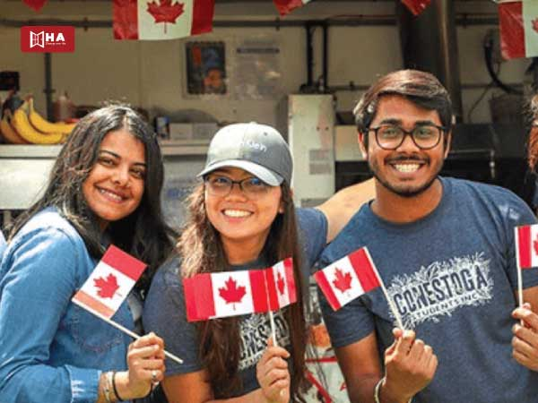 Khuyến khích sinh viên quốc tế định cư lâu dài ở Canada