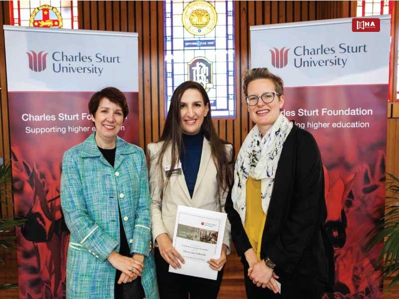 Học bổng Charles Sturt University