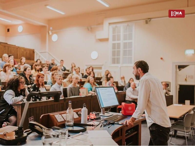 Chương trình đào tạo Edinburgh University