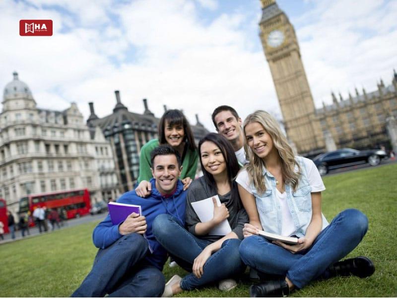 Chính sách hỗ trợ từ Chính phủ & các trường Đại học Anh dành cho sinh viên